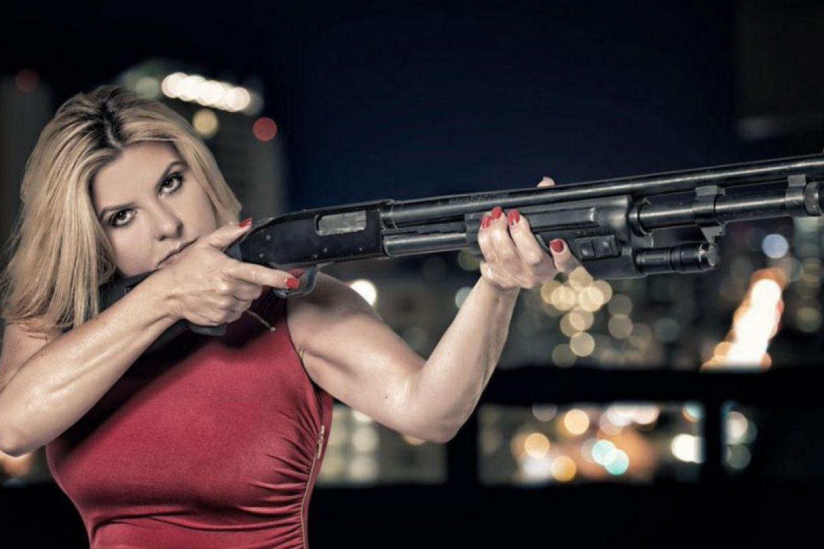"""""""Es responsabilidad de los americanos proteger América"""", dijo junto con la foto. Foto:Vía Twitter.com/VoteFiore. Imagen Por:"""