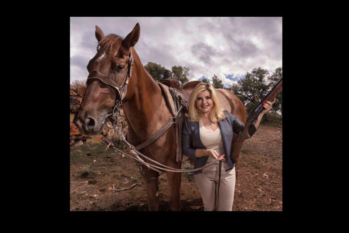 También está postulada al tercer distrito de Nevada del Congreso estadounidense para las elecciones de 2016. Foto:Vía Twitter.com/VoteFiore. Imagen Por: