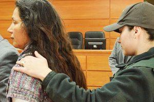 En Curicó María Angélica Ibarra pagó 600 mil y un auto a un adolescente por el asesinato de su ex esposo Carlos Corbalán. Foto:Reproudcción. Imagen Por: