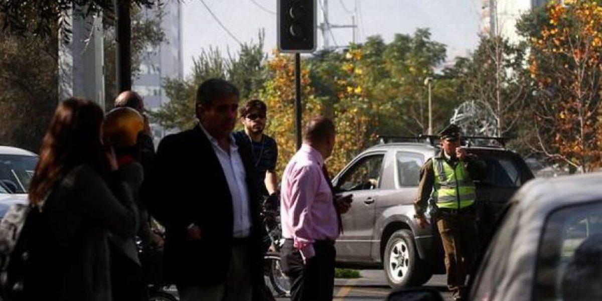 Camión provoca corte de suministro eléctrico en sector de Providencia