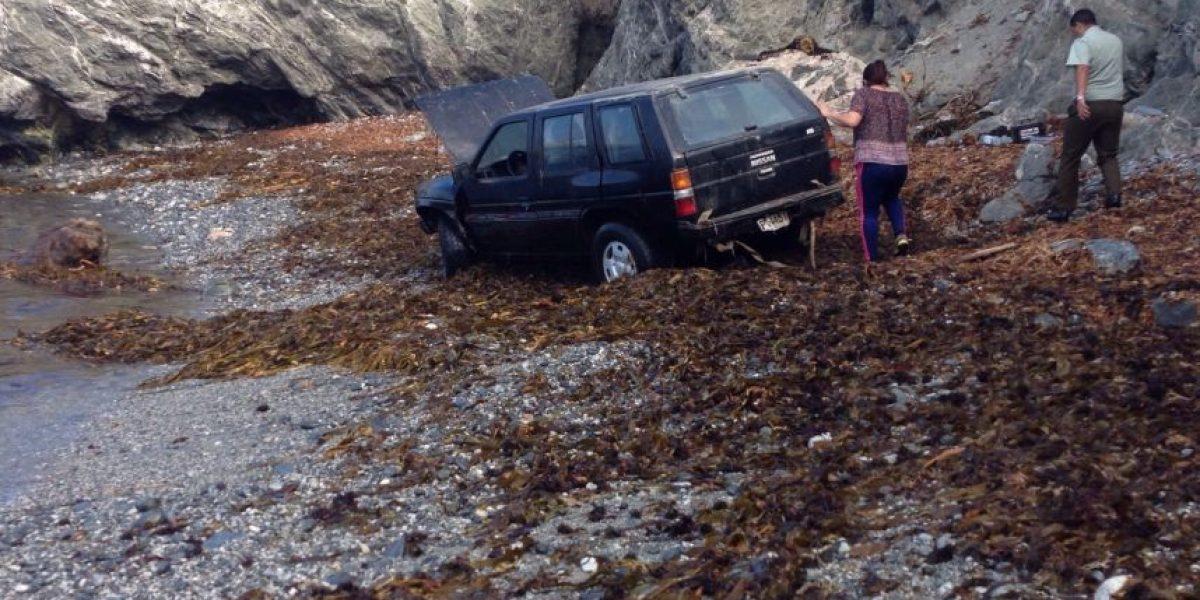 Mejillones: Carabineros comandó rescate de conductor que cayó a barranco