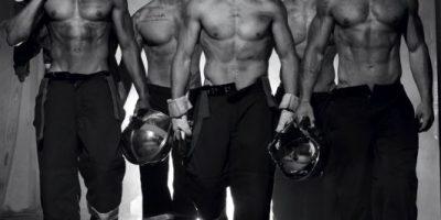 Sexies bomberos franceses posan para el calendario más hot de 2016