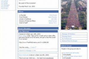 2004. Las imágenes resaltan de gran manera en la edición original. Foto:vía Facebook.com. Imagen Por: