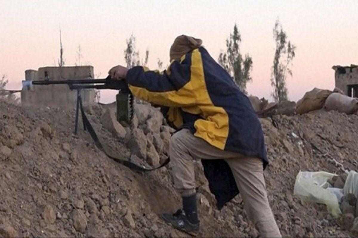 Amnistía Internacional utilizó los videos y fotografías compartidos por ISIS para calcular su arsenal Foto:Twitter.com – Archivo. Imagen Por: