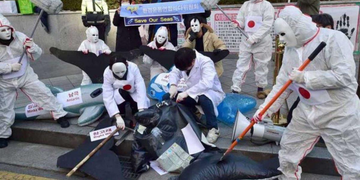 Anonymous ataca la página web del primer ministro japonés por la caza de ballenas