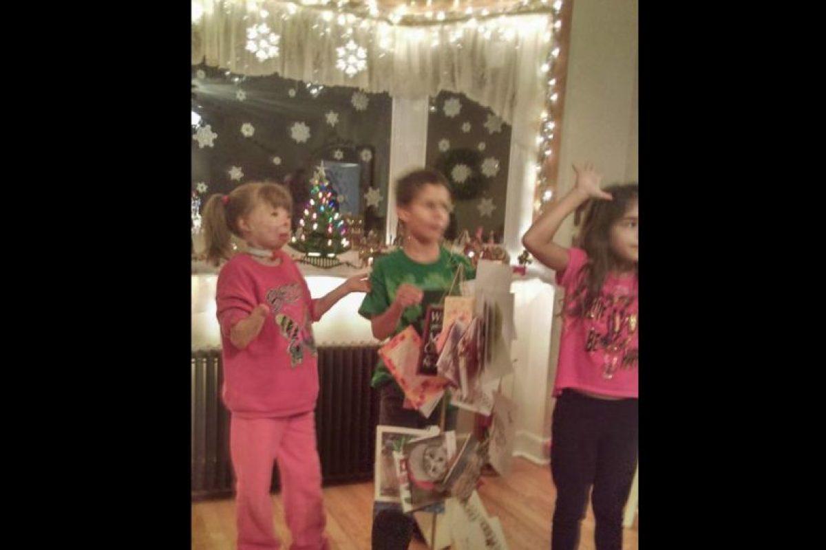 Safyre Terry tiene la esperanza de llenar un árbol de navidad con cartas. Foto:Vía facebook.com/Schenectadyssupersurvivor. Imagen Por: