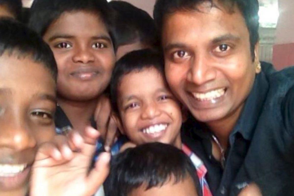 Sunder Ramu ha salido con mujeres en todo su país. Foto:vía Barcroft. Imagen Por: