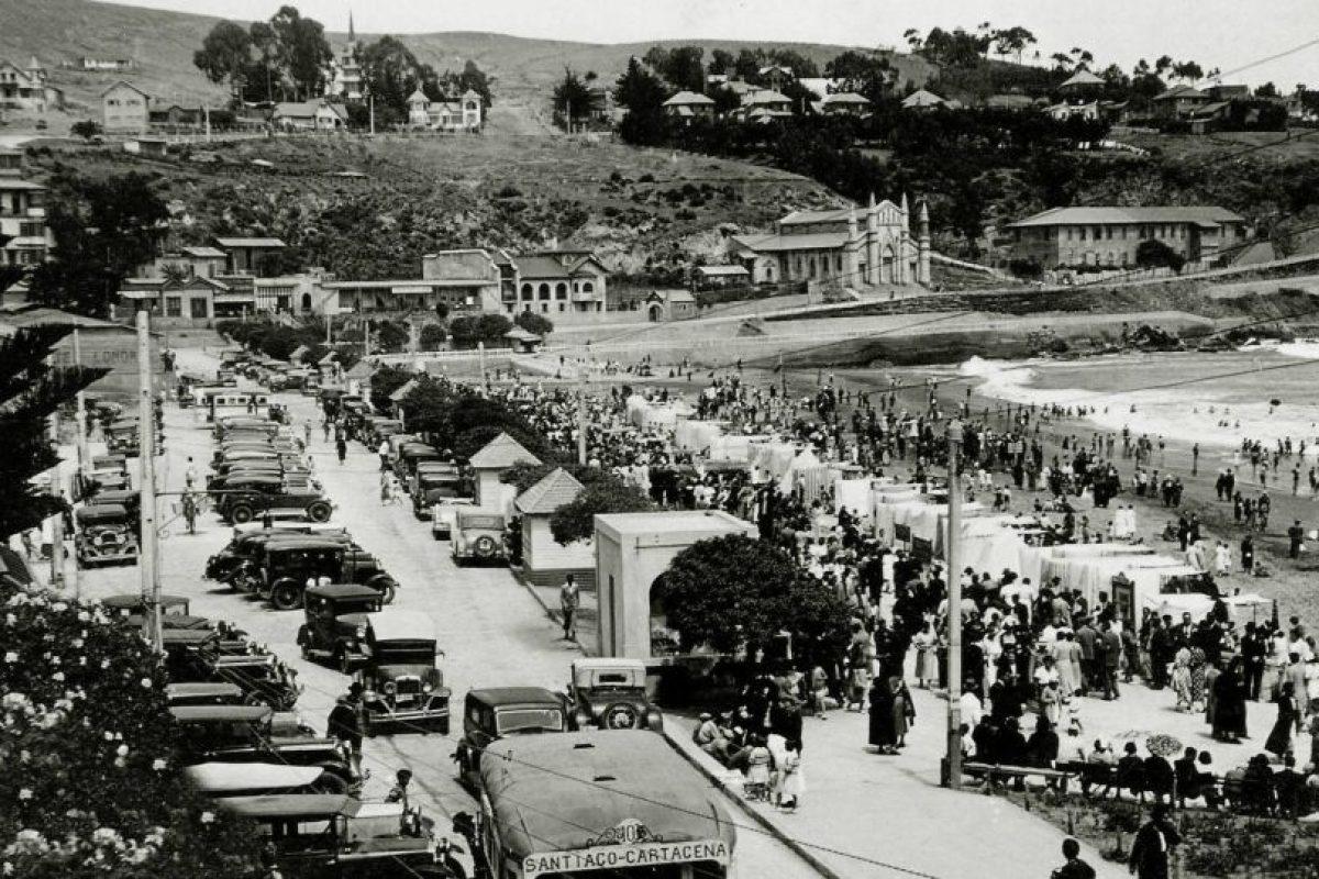 Vista de Playa Chica del balneario de Cartagena, 1930. Foto:Fotos Históricas de Chile. Imagen Por: