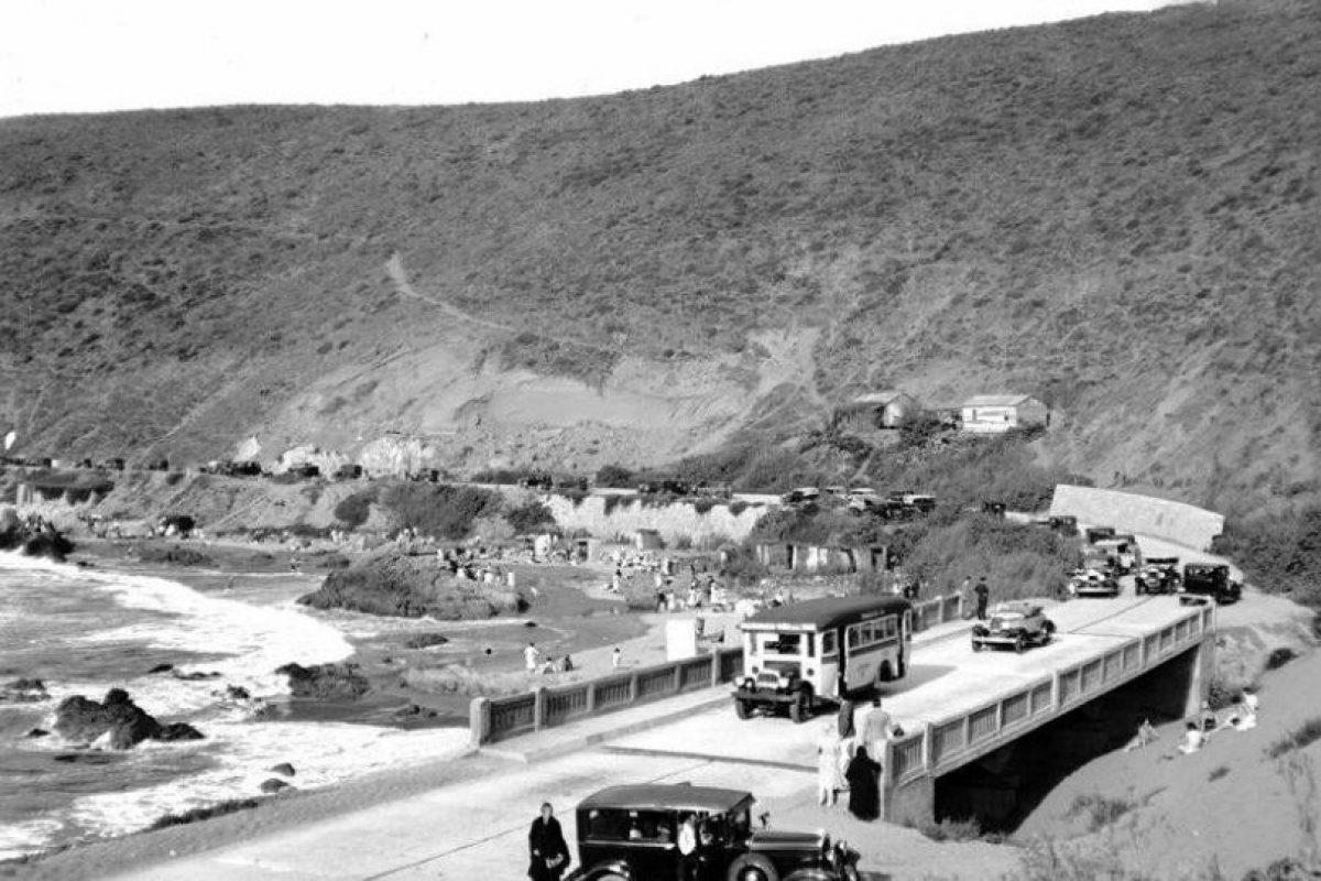Camino a Concón, sector Playa Cochoa en 1930. Foto:Fotos Históricas de Chile. Imagen Por: