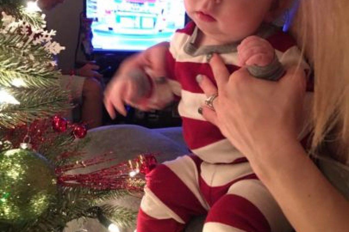 Aunque los médicos avisaron que el bebé tenía una malformación, la familia decidió que viniera al mundo Foto:Facebook.com/BrandonBuell. Imagen Por: