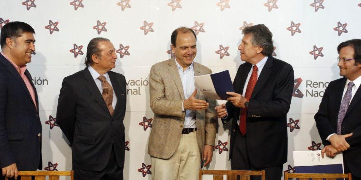 Renovación Nacional plantea semipresidencialismo en propuesta constitucional