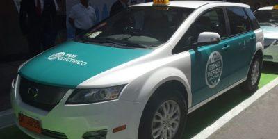 Así son los taxis eléctricos que circularán por el centro de Santiago
