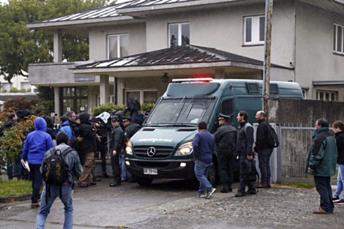 Traslado a la Fiscalía de Puerto Varas Foto:Agencia Uno. Imagen Por: