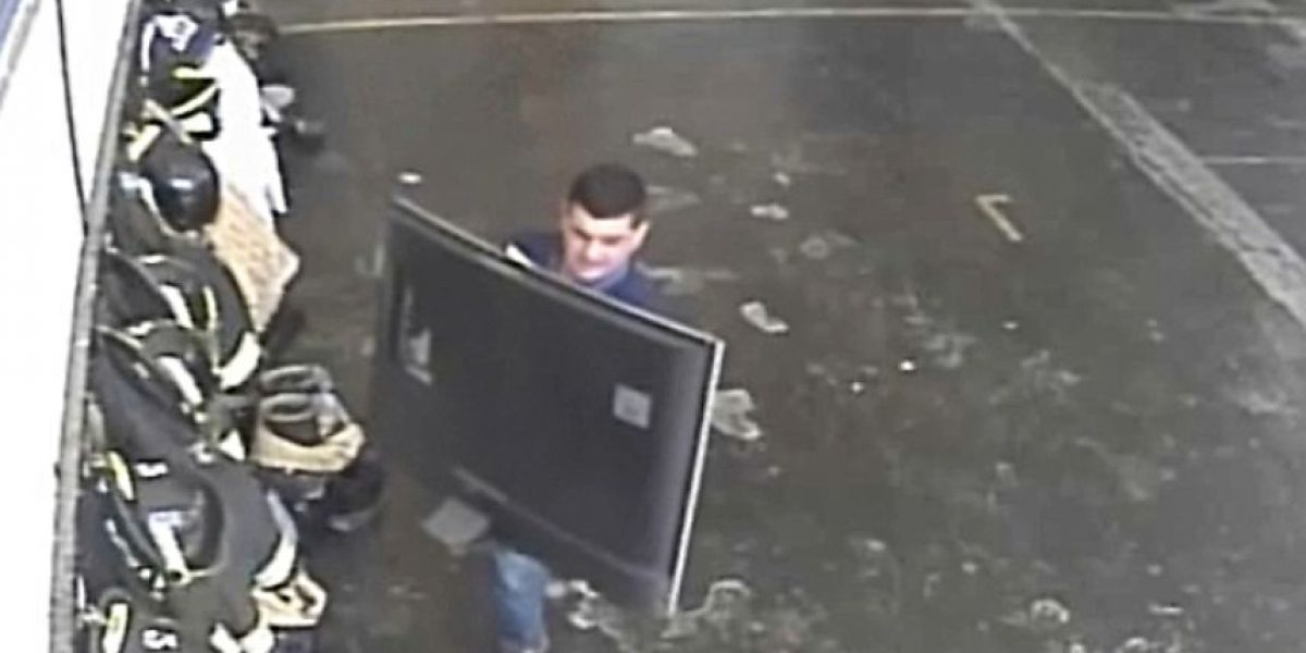 Delincuentes realizan cobarde robo a compañía de bomberos de Maipú