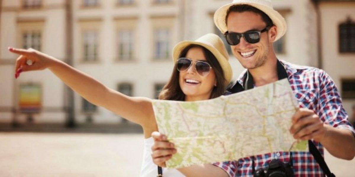 Compañía de seguros congela dólar en $599 para viajar al extranjero