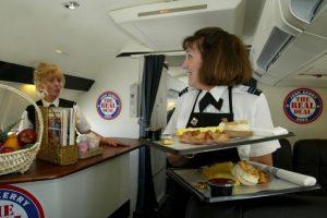 La Asociación de Transporte Aéreo Internacional (IATA, por sus siglas en inglés) establece que las embarazadas pueden viajar hasta la semana 32 de gestación. Foto:Getty Images. Imagen Por: