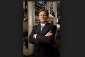 Jeffrey Hildebrand es el jefe que decidió premiar a sus empleados para esta Navidad. Foto:Vía hilcorp.com. Imagen Por: