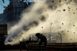 Policía antidisturbios en Turquía dispersa a manifestantes con cañones de agua. Foto:AFP. Imagen Por: