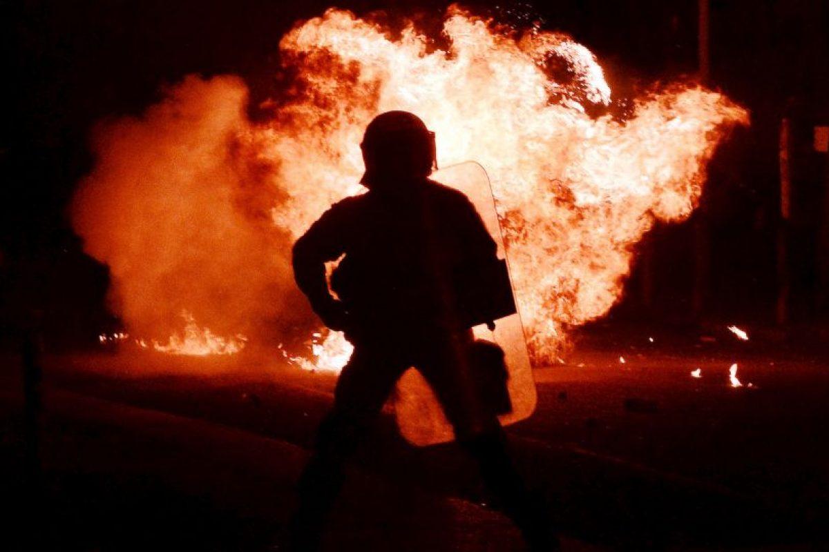 Policía antidisturbios. Foto:AFP. Imagen Por: