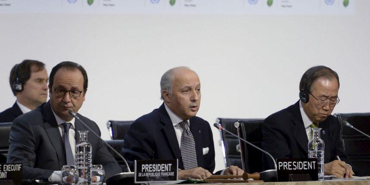 Aprueban acuerdo final en la Cumbre del Clima en París