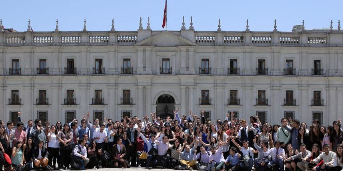 Jóvenes participan del primer encuentro nacional del