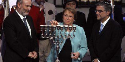 Presidenta Bachelet participó en Fiesta de Janucá en el Palacio de la Moneda