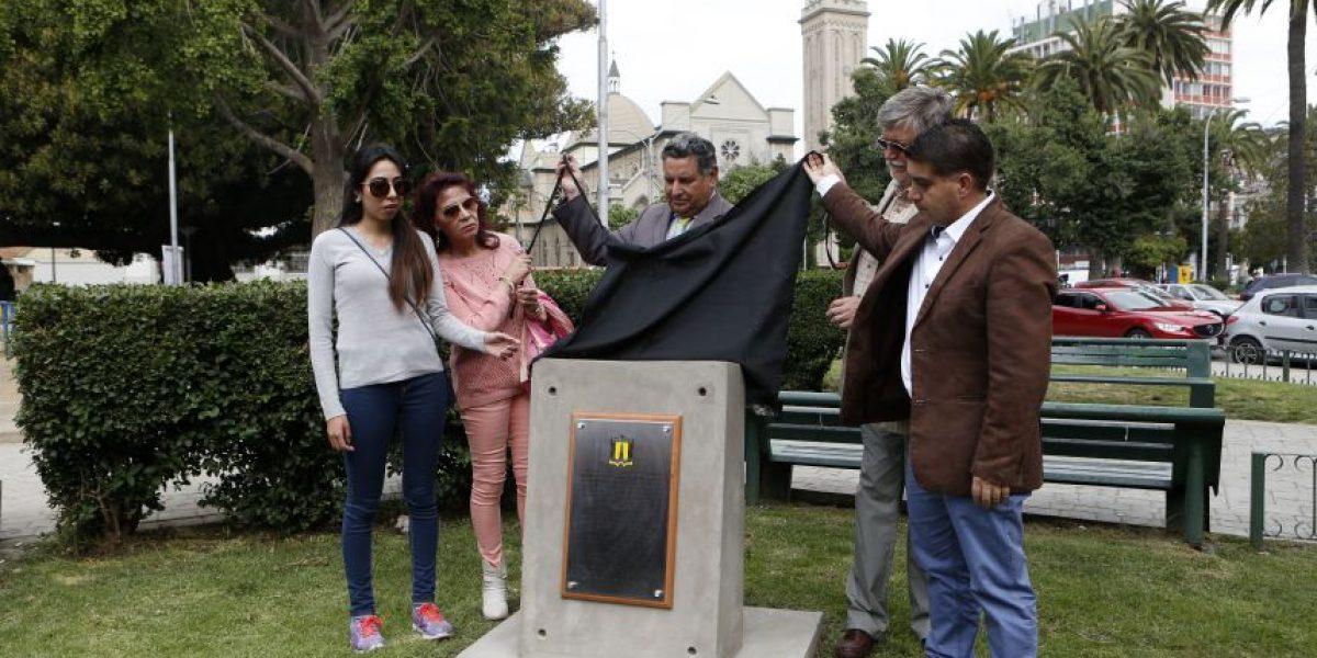 Valparaíso: inauguran memorial de estudiantes fallecidos durante marcha