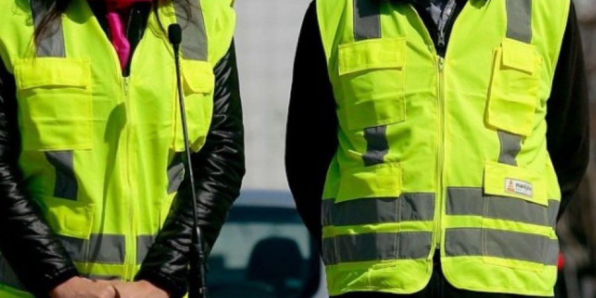 Conductores deberán usar chalecos reflectantes de modo obligatorio