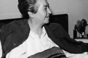 Se rumoreó que era lesbiana, por algunas cartas que le escribió a la escritora estadounidense Doris Dana, pero nada ha sido develado. Foto:vía Getty Images. Imagen Por: