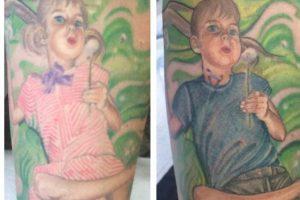 A su esposa le hizo sus retratos en el brazo. Pero para apoyar a su hijo mayor en su cambio de sexo, cambió la foto. Foto:vía Facebook/stevepeacetattoos. Imagen Por: