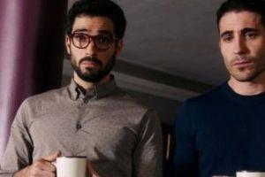 """""""Lito"""" mantine un romance con """"Hernando"""", quien es interpretado por Alfonso Herrera. Foto:vía Netflix. Imagen Por:"""