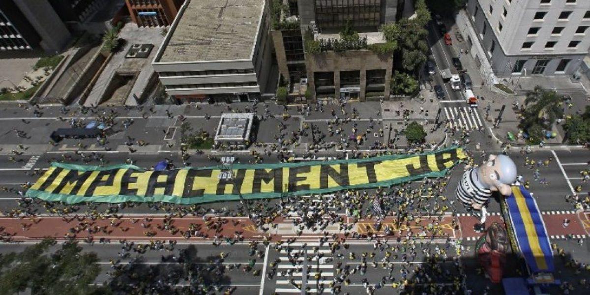 Protestas para exigir juicio político de Rousseff en Brasil pierden fuerza