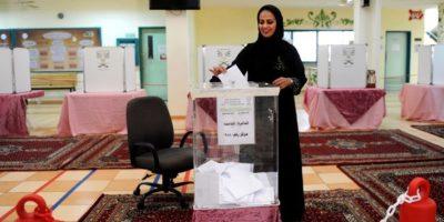 Histórico: una mujer elegida por primera vez para los consejos municipales saudíes