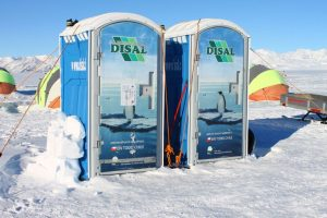 Hay baños químicos en la Antártica Foto:Jaime Liencura / Publimetro. Imagen Por: