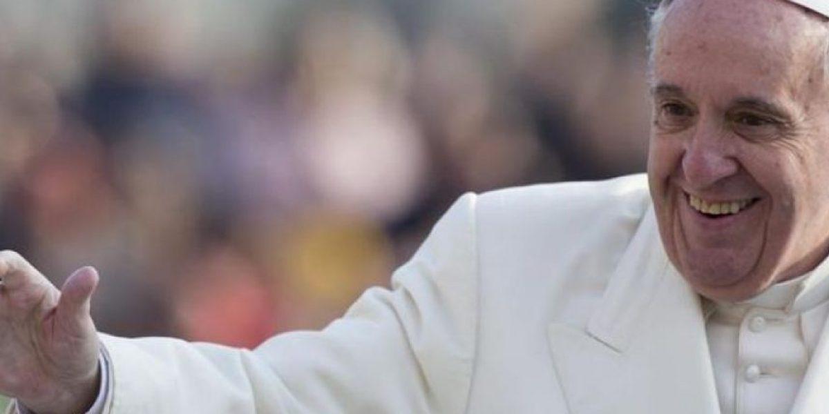 Mira el primer selfie tomado por el Papa Francisco publicado en Instagram