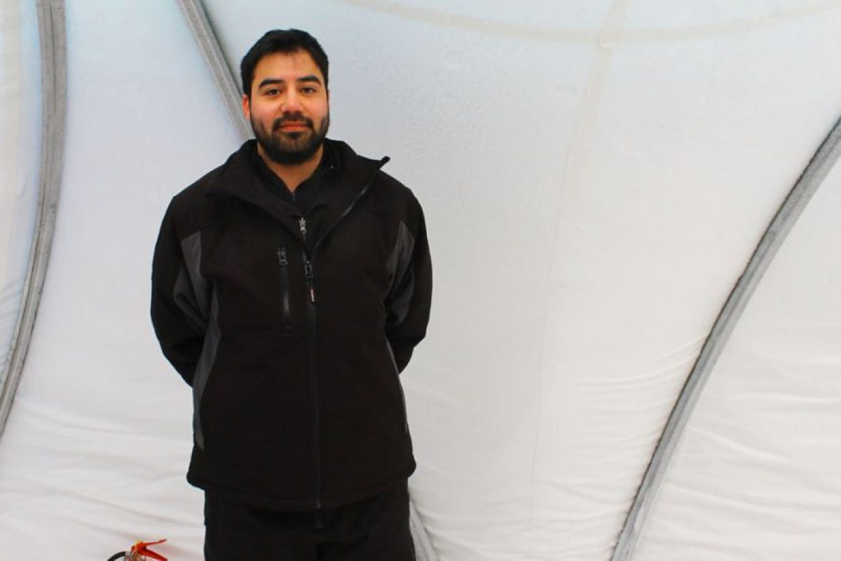 Álvaro Morales, teniente y piloto de Twin Otter Foto:Jaime Liencura / Publimetro. Imagen Por:
