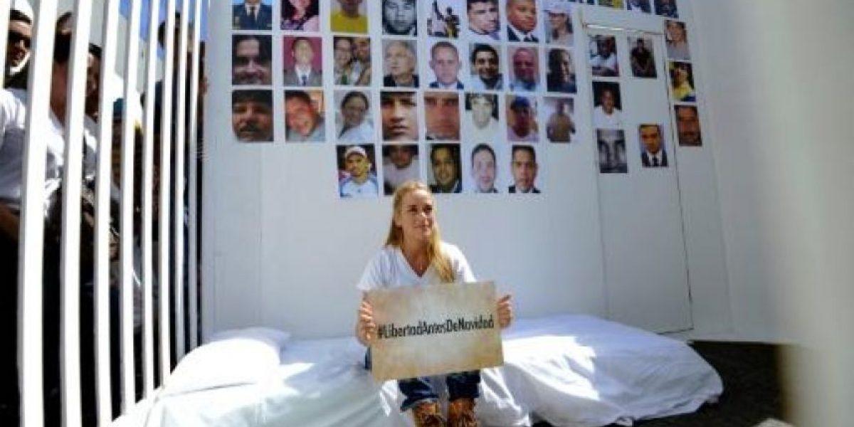 La esposa de líder opositor venezolano pide su liberación por Navidad