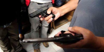 Así se organizan los vecinos de Santiago contra la delincuencia en la comuna