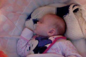 Poco después de que su pequeña naciera. Foto:Vía Twitter/@TinaMalone. Imagen Por: