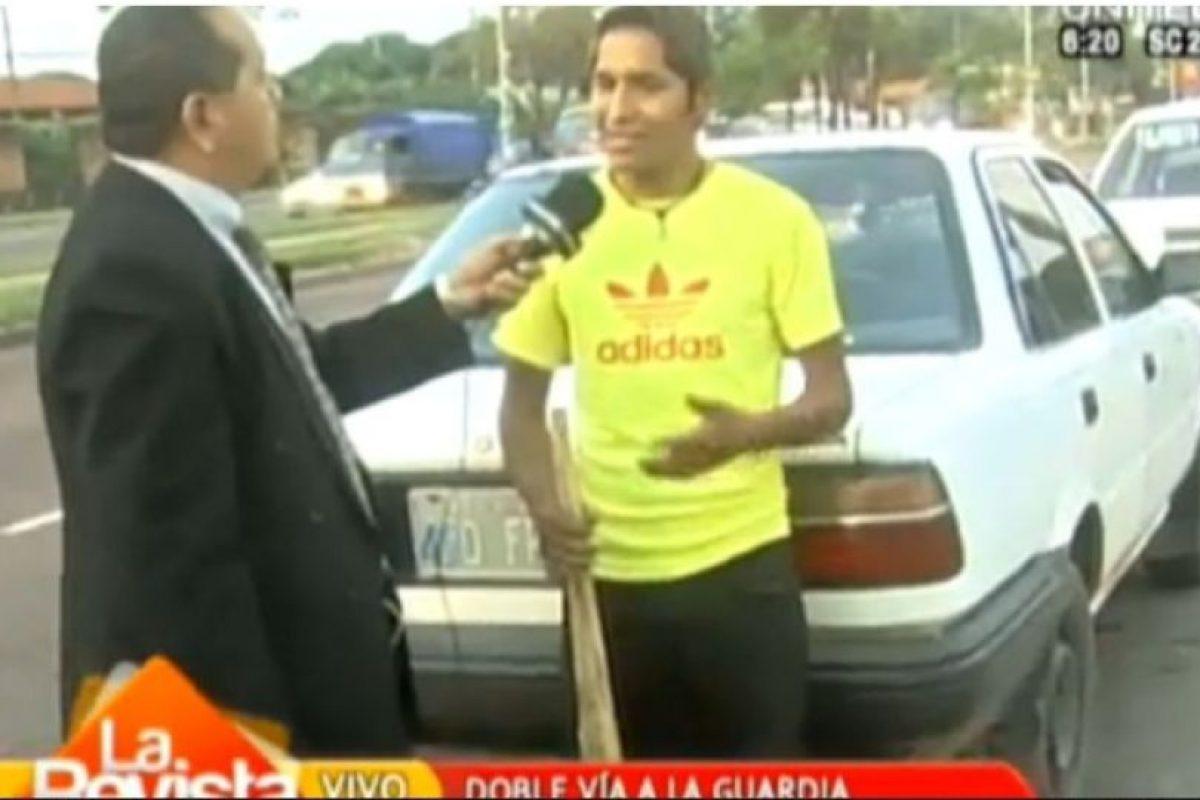 Una vez que salió en cadena nacional, las autoridades llevaron detenido al acusado Foto:UNITEL. Imagen Por:
