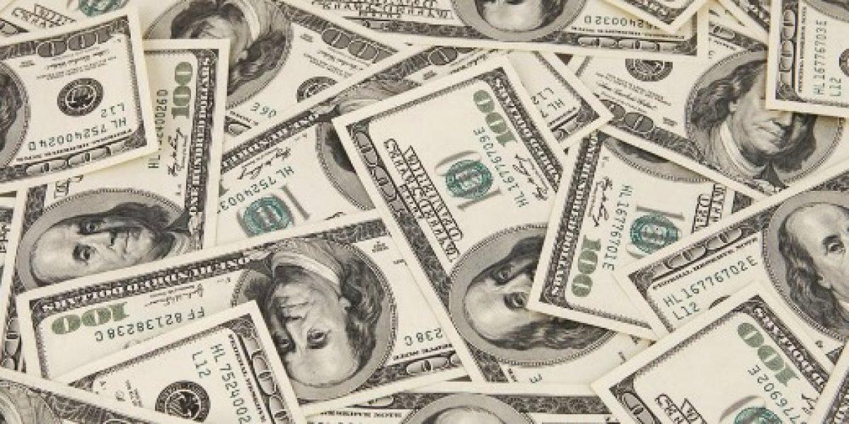 Dólar alcanza los $712: su mayor valor en dos semanas