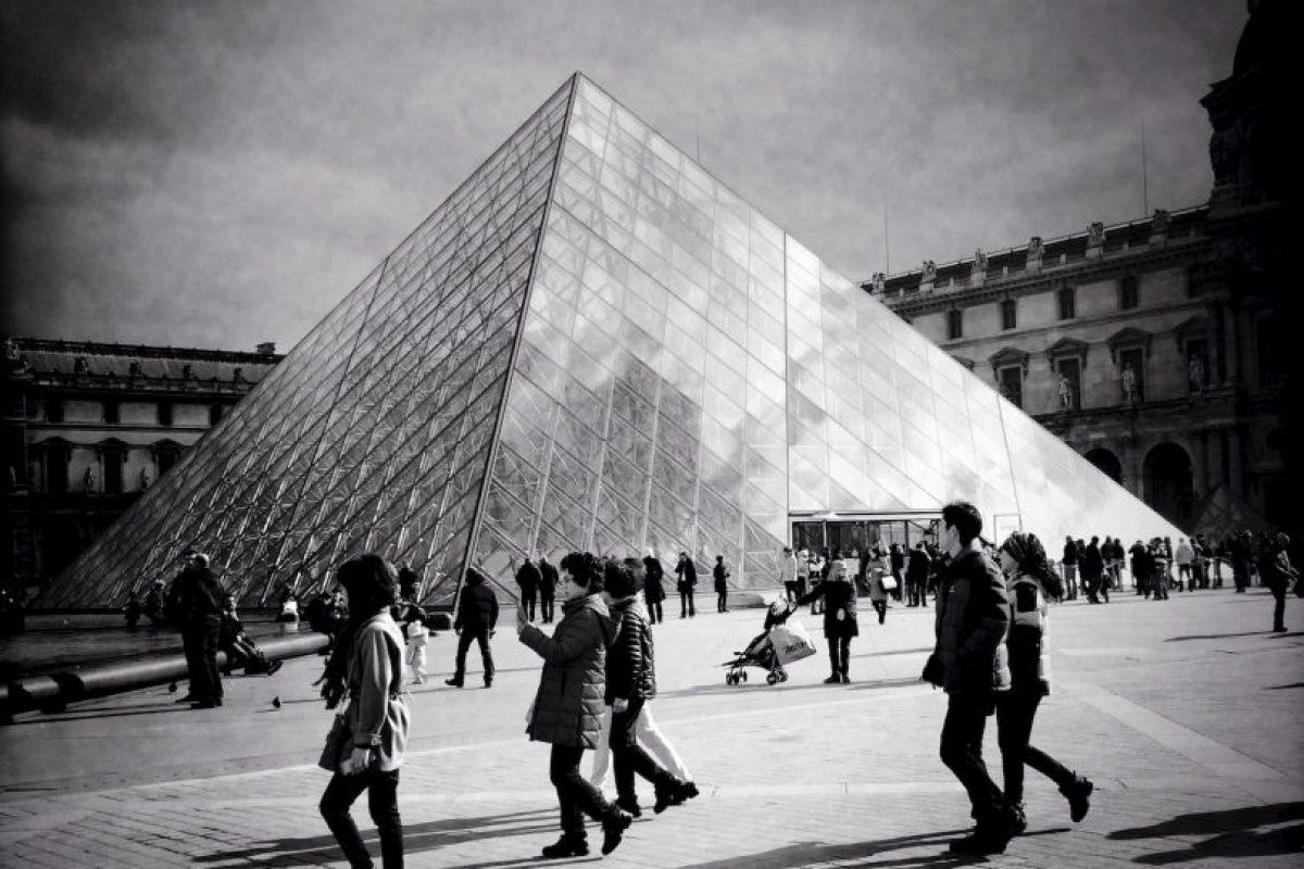 2. Museo de Louvre, en París, Francia Foto:Getty Images. Imagen Por: