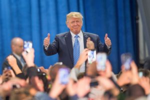El martes 15 de diciembre Trump se enfrentará rivales en lo que será el último debate del Partido Republicano. Foto:Getty Images. Imagen Por: