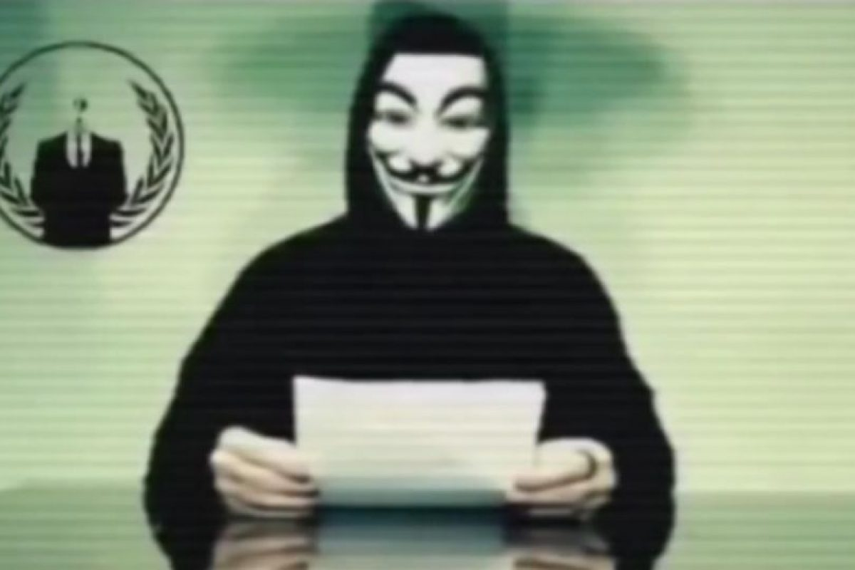 Anonymous le solicitó a Trump pensar antes de hablar. Foto:Vía Youtube. Imagen Por: