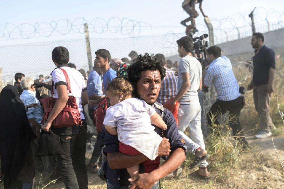 Sin embargo, hoy la canciller alemana Angela Merkel anunció que reducirá la cifra de refugiados que admitirá. Foto:AFP. Imagen Por: