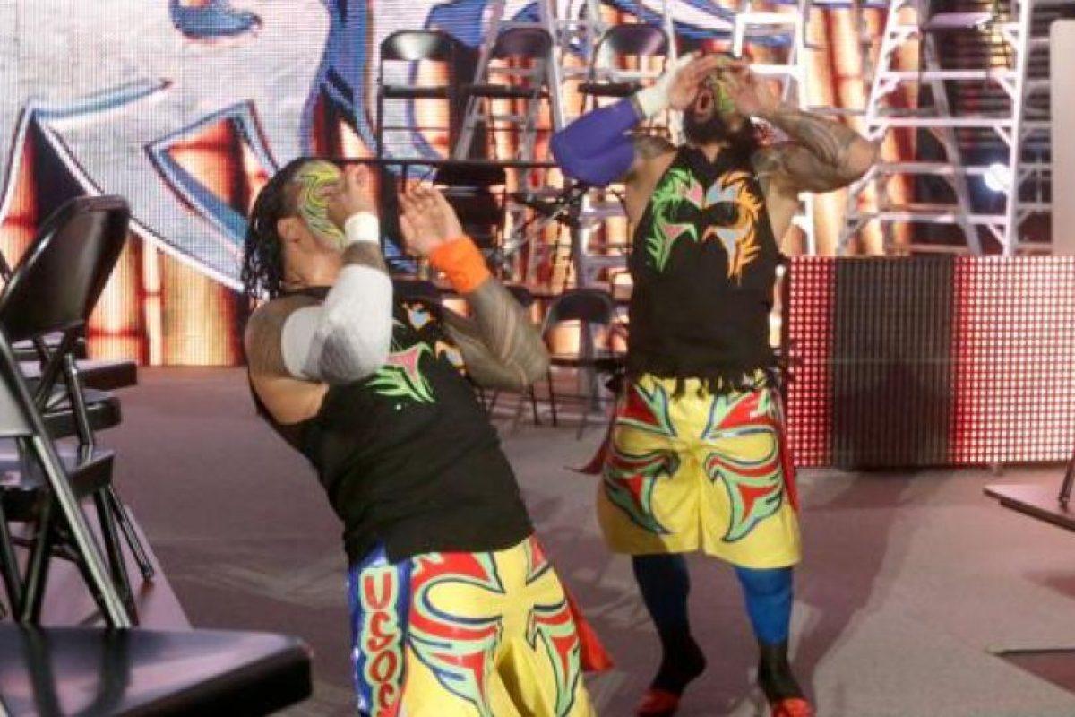 The Usos era uno de los equipos participantes Foto:WWE. Imagen Por: