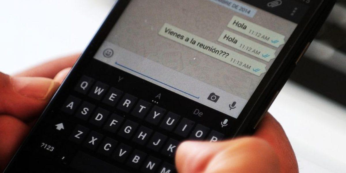 La verdadera razón por la que no podemos hablar y escribir en WhatsApp al mismo tiempo