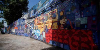 Así está quedando el gran mural de cerámica del Metro Parque O