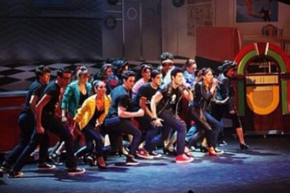Alejandro también incursionó en el teatro musical Foto:vía instagram.com/alejandrospeitzer. Imagen Por: