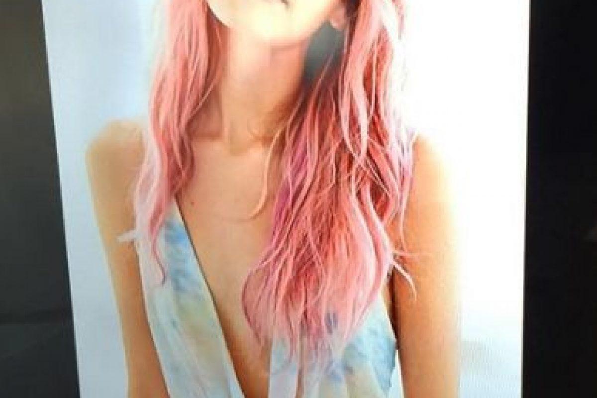 5. Anteriormente, tenía el cabello pintado de rosa. Foto:Instagram/jasminevilll. Imagen Por: